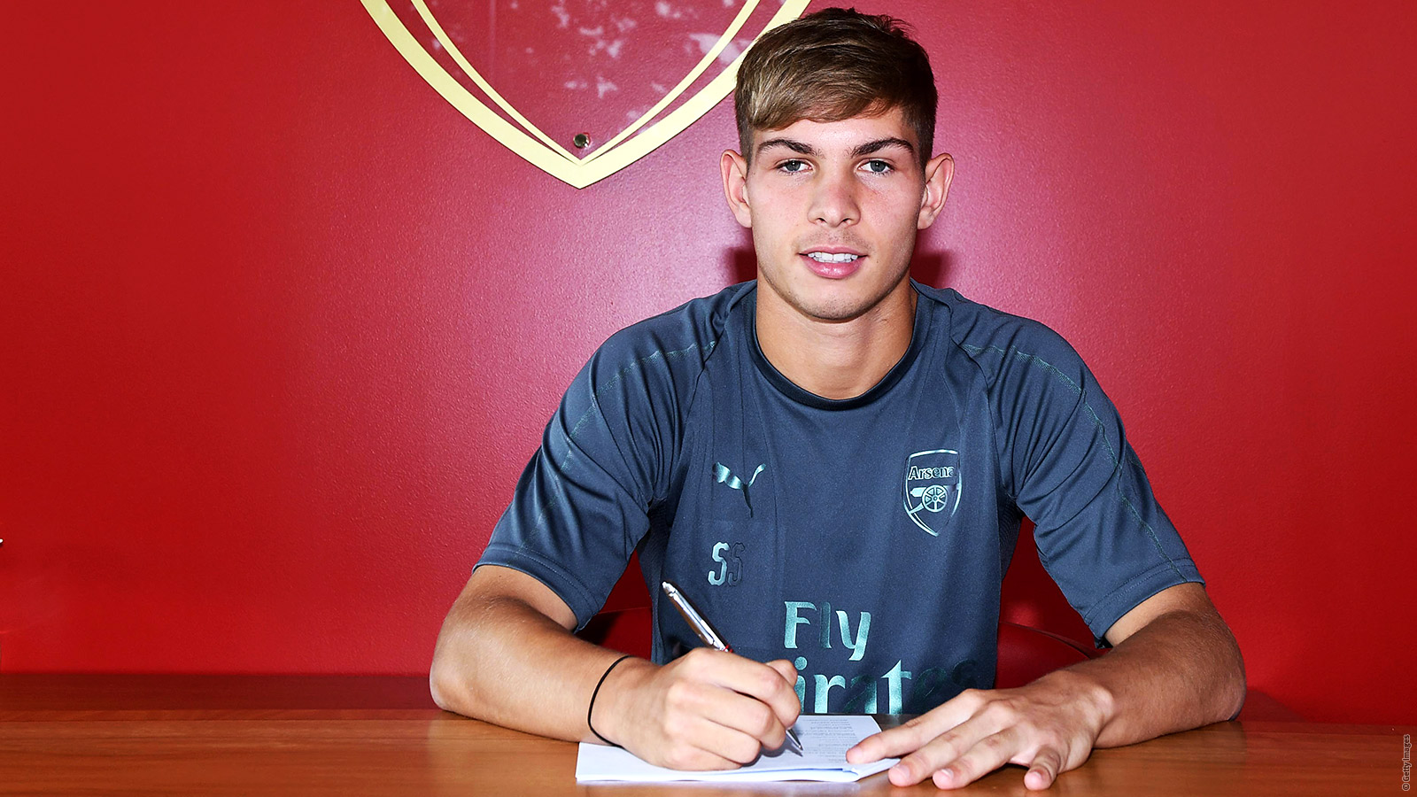 Emile Smith Rowe signs new contract | Academy | News | Arsenal com