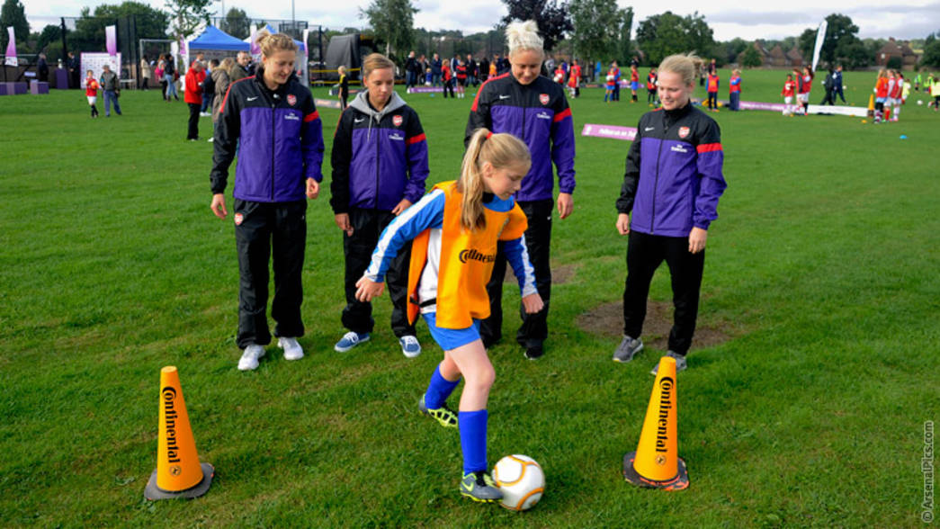 Arsenal Ladies in the Community