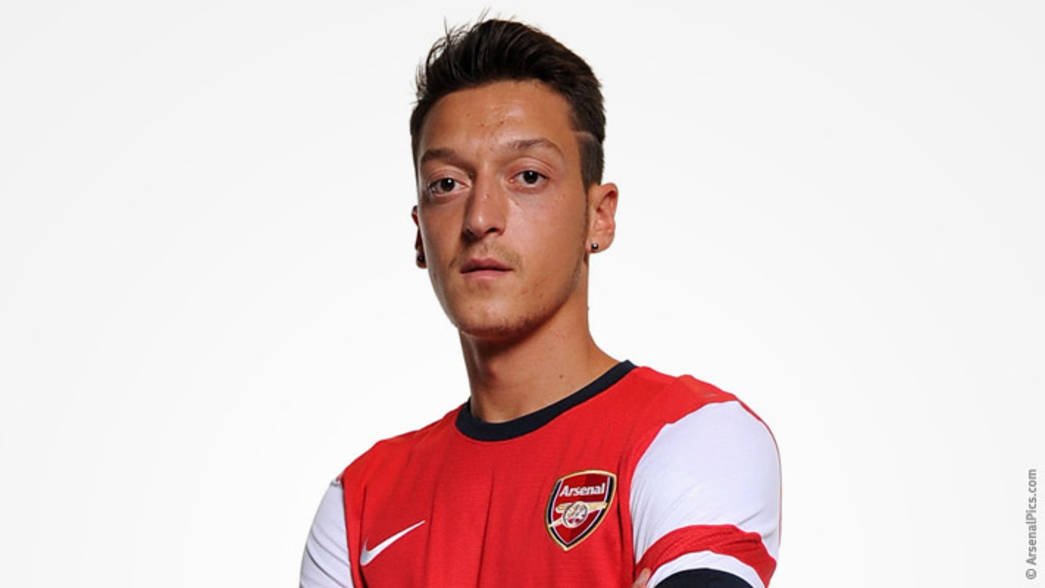 Ozil at Arsenal - the first pictures | News | Arsenal.com