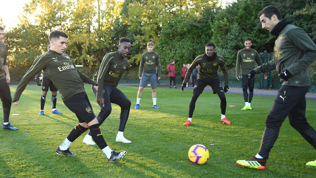 Arsenal train ahead of the Liverpool match