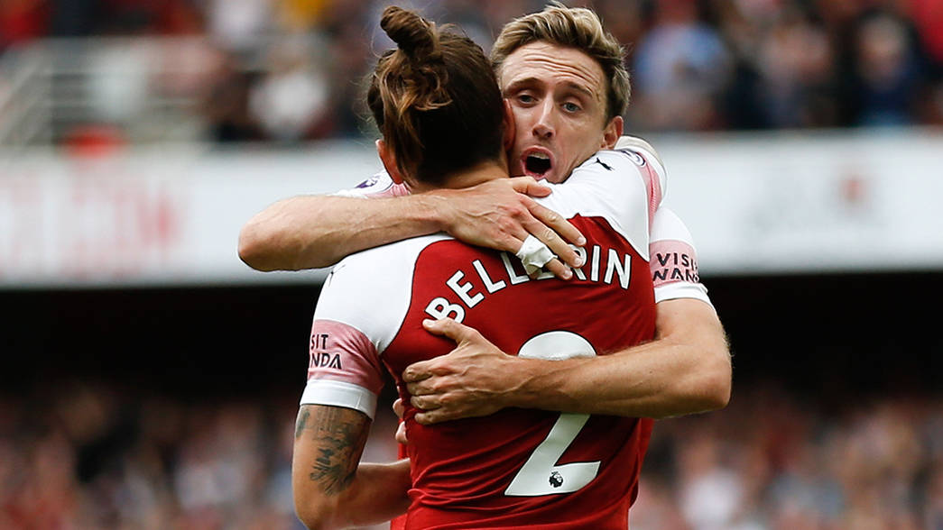 Monreal celebrates with Bellerin