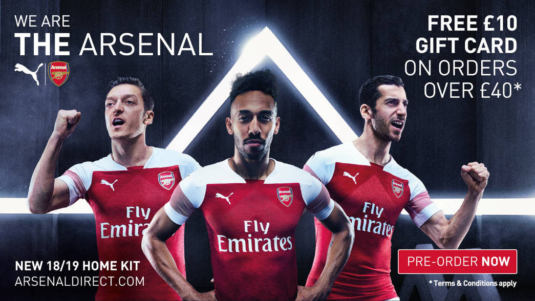 Fabricación puerta liebre  Arsenal.com