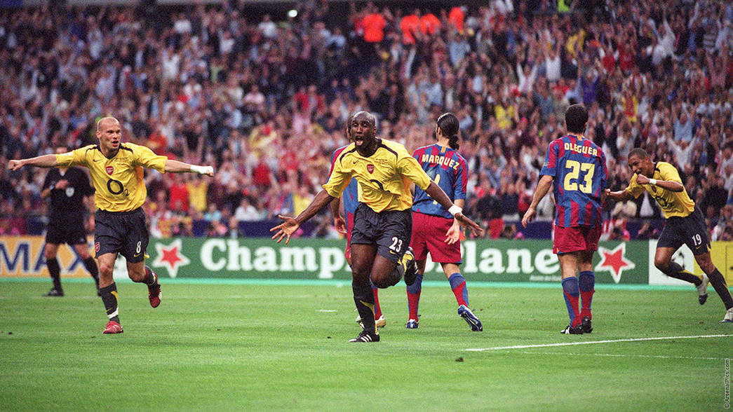 Sol Campbell scores against Barcelona