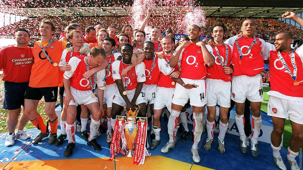 ผลการค้นหารูปภาพสำหรับ Arsenal2004/05