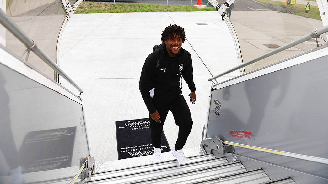 Pictures: The boys board the plane to Baku