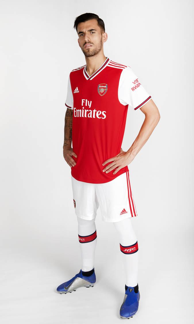 official photos 4b3f2 7094e 📸 Check out Ceballos in Arsenal colours   Gallery   News ...