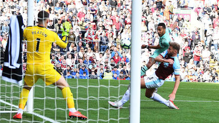 371473928cb In pictures: Burnley 1-3 Arsenal | Gallery | News | Arsenal.com