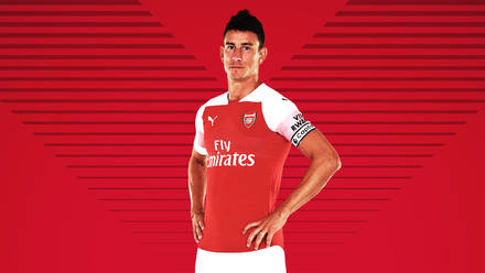 half off 6c684 ffb4e Pictures: Koscielny back in Arsenal colours | Gallery | News ...
