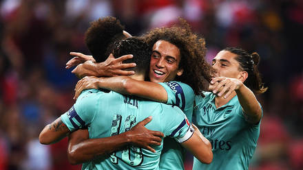 43e39f011a7 Arsenal 5 - 1 PSG - Match Report