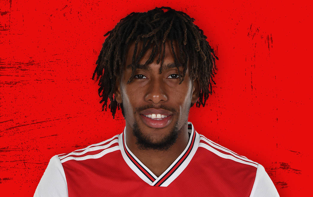 The 24-year old son of father (?) and mother(?) Alex Iwobi in 2020 photo. Alex Iwobi earned a 1.5 million dollar salary - leaving the net worth at million in 2020